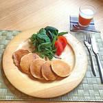お手軽簡単レシピ|お野菜パンケーキ & にんじんゼリー \しっかり朝ごはん!/