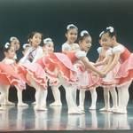 横浜市青葉区 素敵なバレエを子ども達へ!優雅なフランス式で体のラインがキレイに