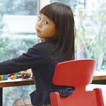 子どもたちの姿勢を守るために生まれた椅子「アップライトチェア」【インテリア・ラボ・タケシタ】