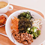 アレルギー対策レシピ| お肉も野菜も オールインワン! 簡単ピビンバ☆(卵なし/乳なし/小麦なし/大豆なし) \がんばるママ応援企画/
