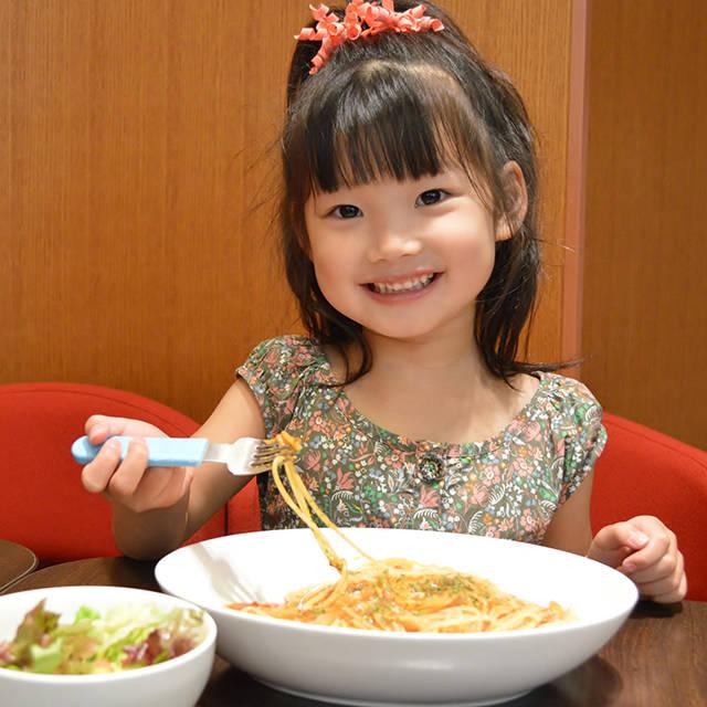 正しい知識を身につけよう!子どもの成長と食育 年齢別にみる食育目標