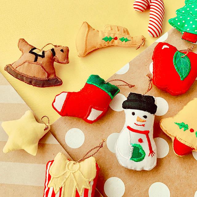 今年のクリスマスはお家でパーティー!|お部屋のデコレーションアイデア