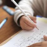 子どもの可能性は無限大!|子どもの早期教育のメリット・デメリット