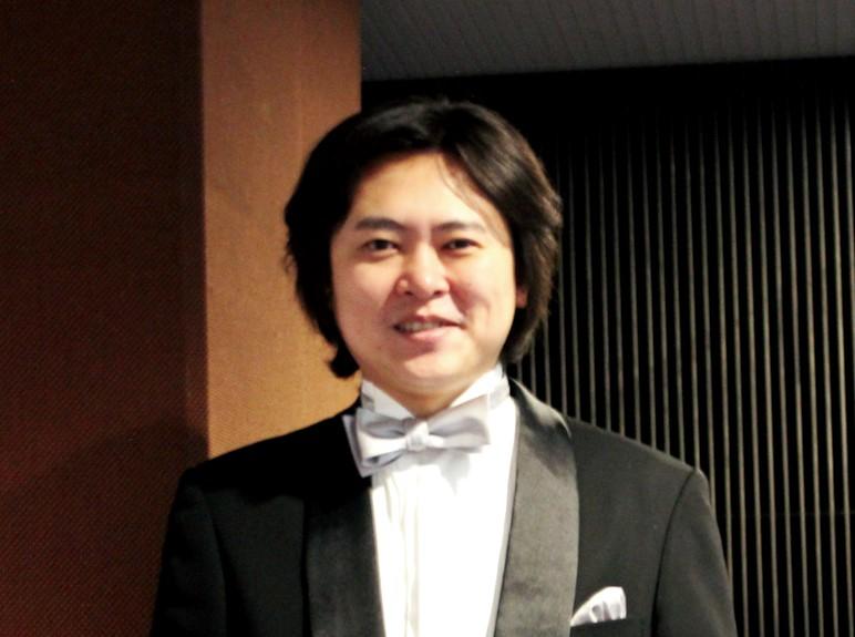 指揮者:松井 慶太さん