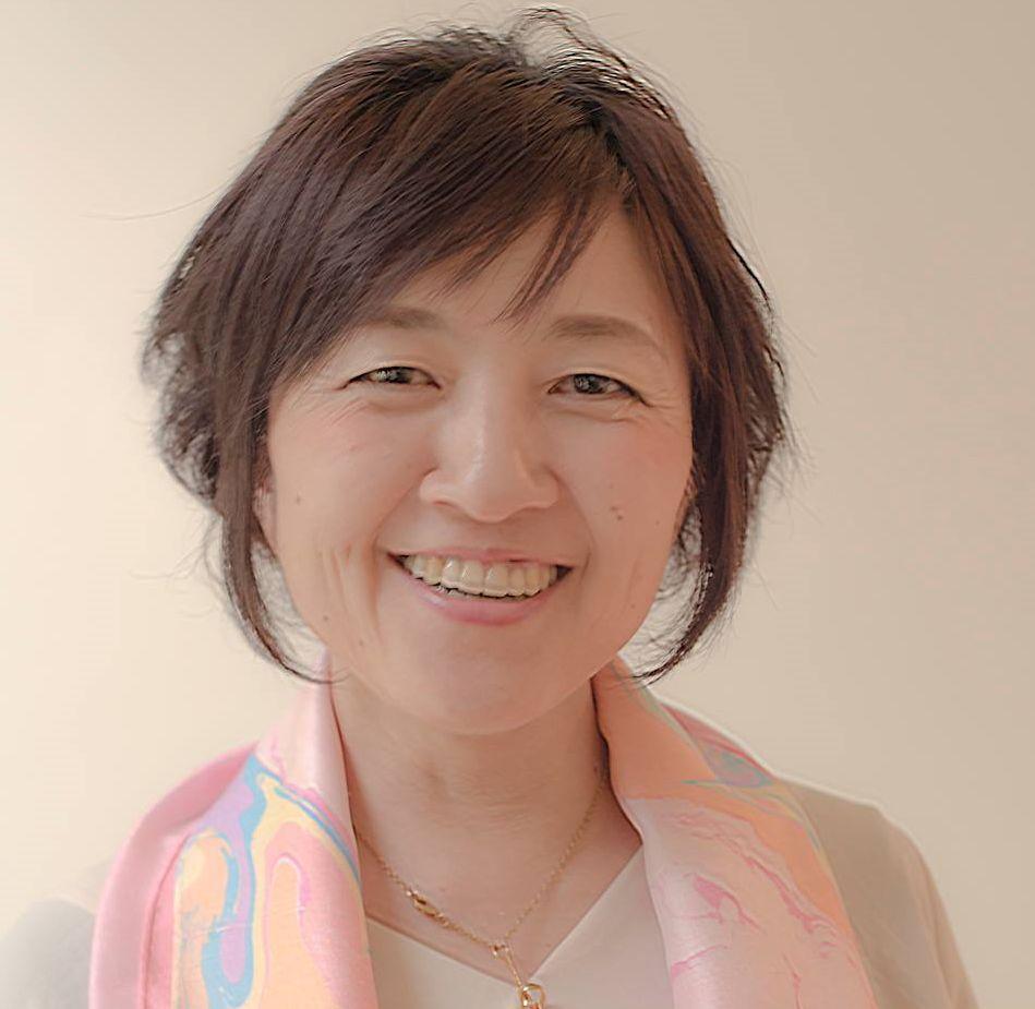 子育てママの幸せを応援する しつもん家 塩見 恵美先生