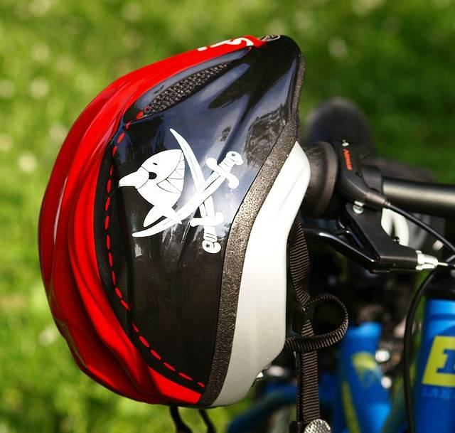 Free photo: Bicycle Helmet, Helm - Free Image on Pixabay - 335750 (19776)