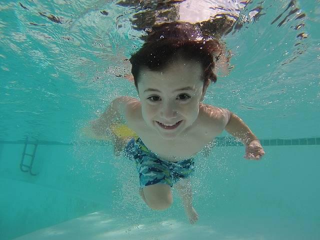 Kid Swimming Underwater · Free photo on Pixabay (52853)